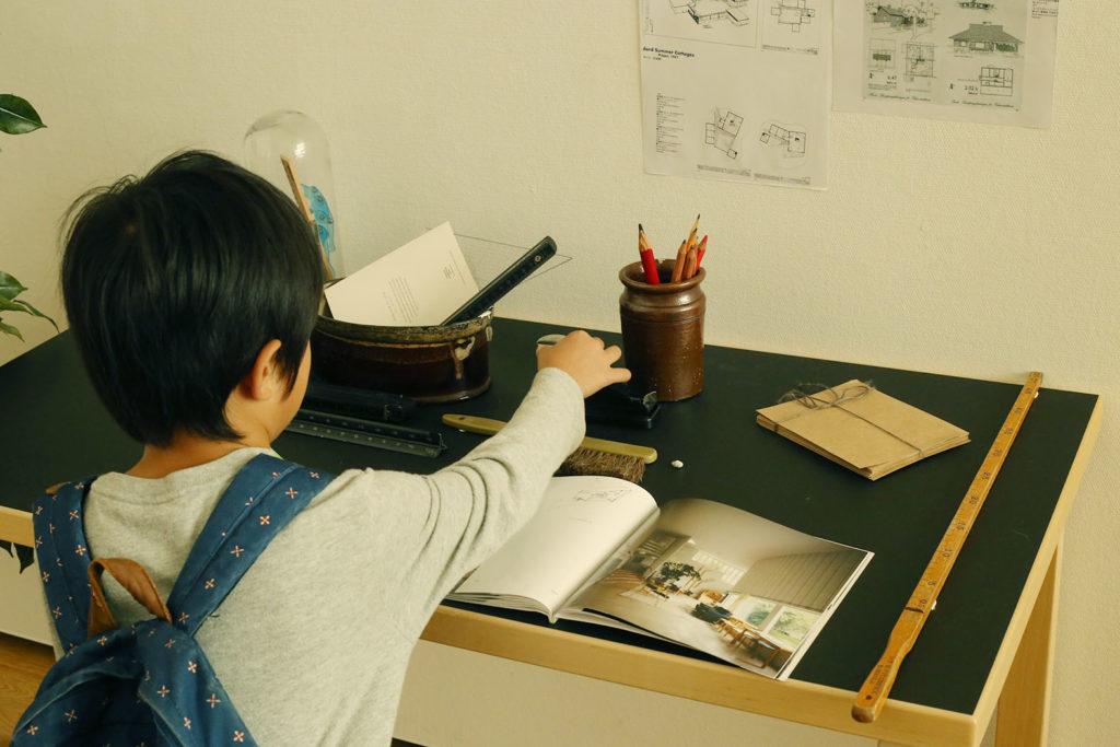 LifTe 北欧の暮らし アルヴァ・アアルト展 神奈川県立近代美術館 アアルトデスク