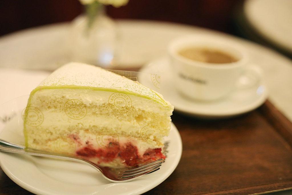 LifTe 北欧の暮らし ストックホルム ヴェーテカッテン プリンセスケーキ