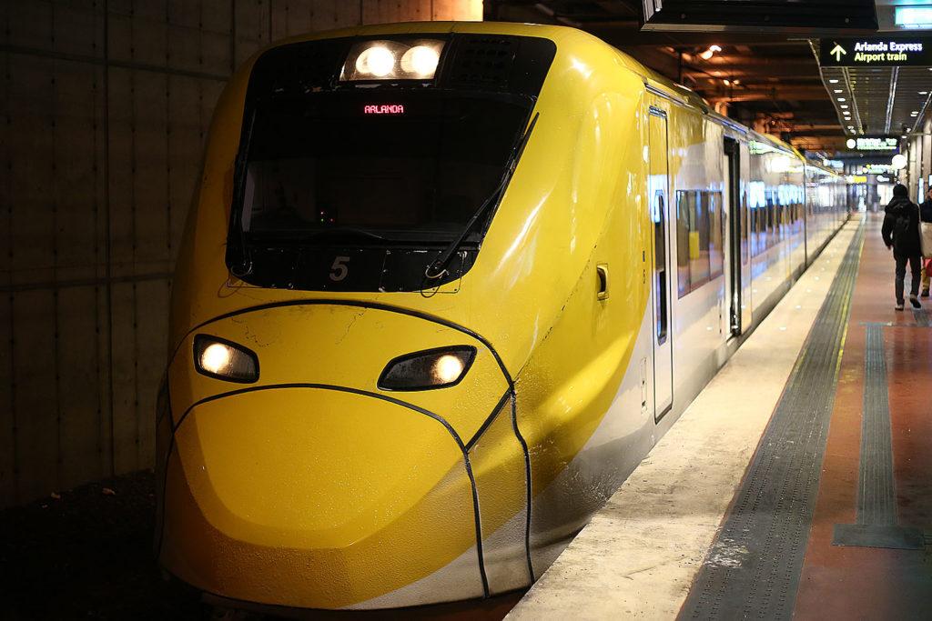 LifTe 北欧の暮らし ストックホルム 電車 アーランダ空港