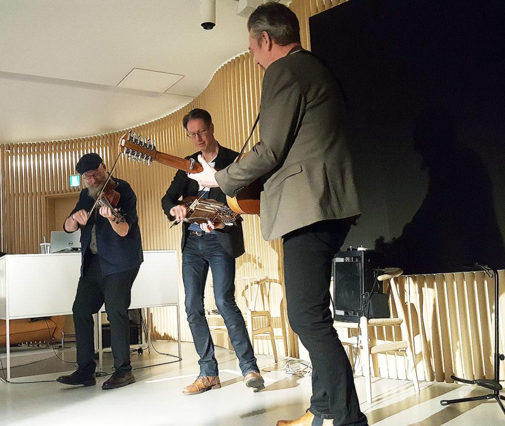 LifTe 北欧の暮らし Vasen スウェーデン 演奏