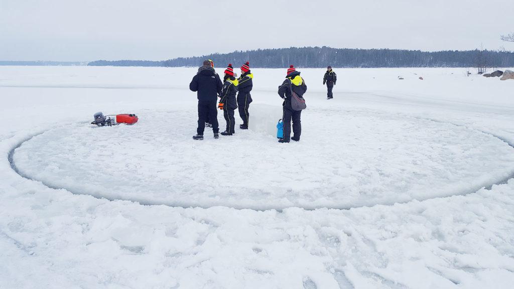 LifTe 北欧の暮らし 氷上のメリーゴーランド フィンランド