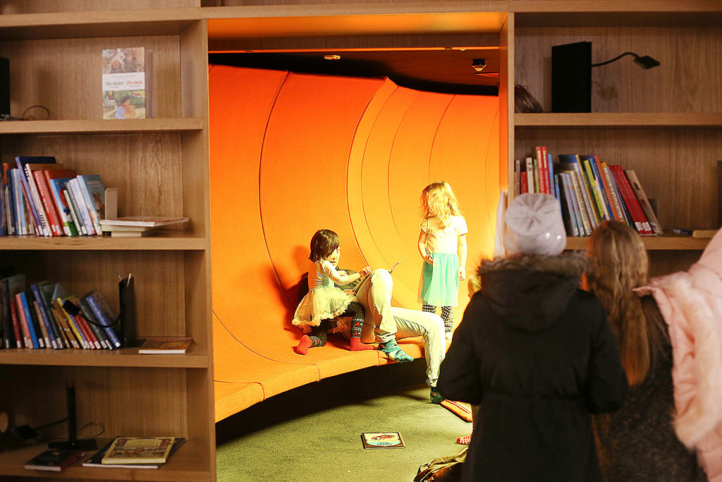 LifTe 北欧の暮らし ヘルシンキ フィンランド OODI 中央図書館 2F キッズスペース