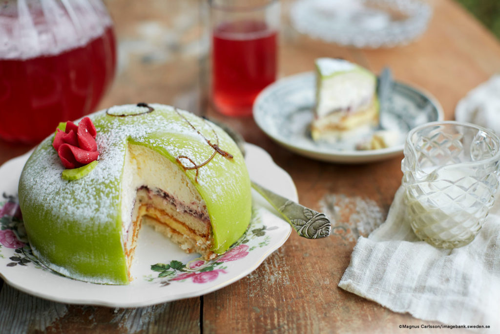 LifTe 北欧の暮らし プリンセスケーキ プリンセストータ