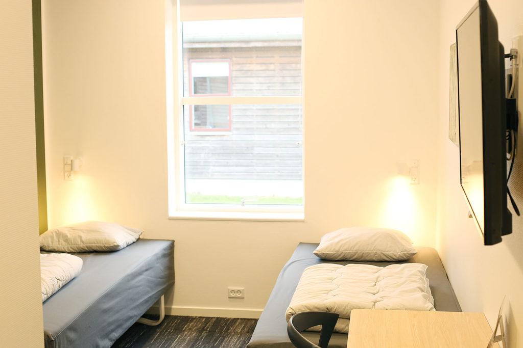 LifTe 北欧の暮らし ユースホステル コペンハーゲン ダンホステルコペンハーゲンアマー 室内 2人部屋 Danhostel Copenhagen Amager