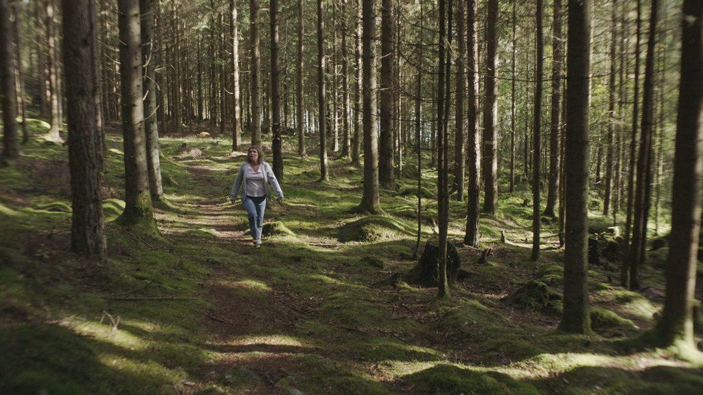 LifTe 北欧の暮らし ボーダー二つの世界 スウェーデン 森を歩く