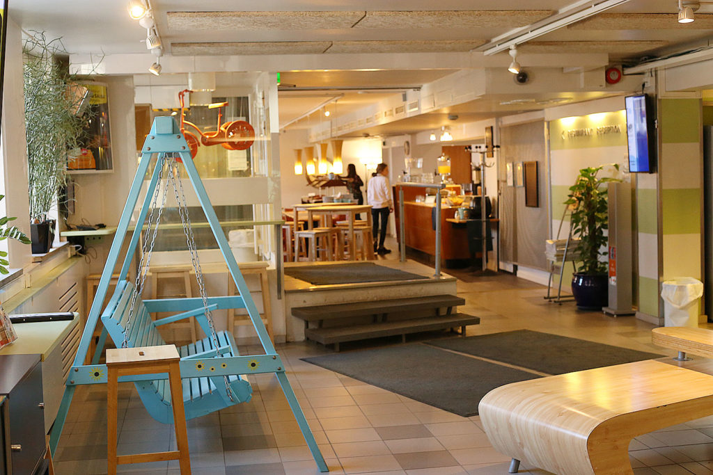 LifTe 北欧の暮らし ユースホステル ヘルシンキ ユーロホステル フロントスペース カタヤノッカ