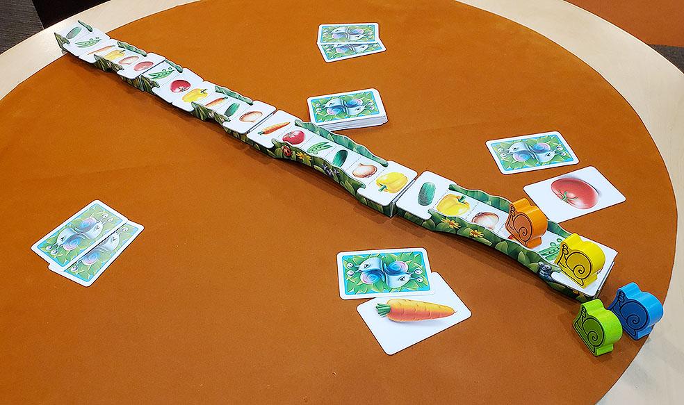 LifTe 北欧の暮らし 北欧ボードゲーム ロギス LOGIS ゆっくり行こうぜ! GO SLOW 準備 すごろくや リトアニア バルト三国
