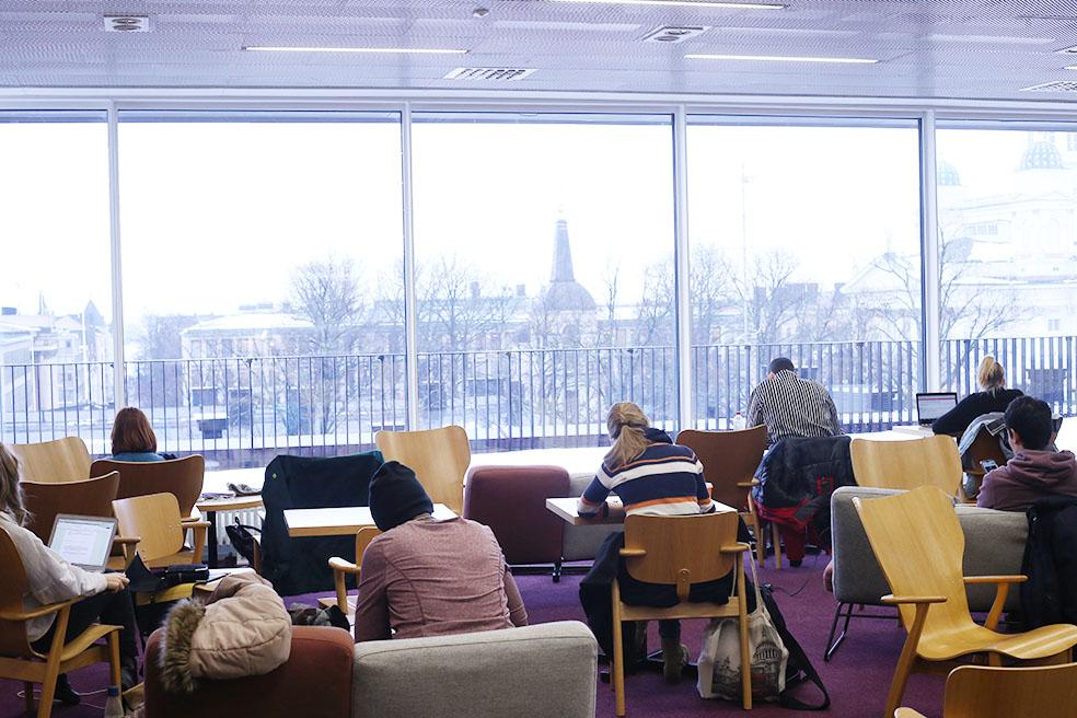 LifTe 北欧の暮らし 北欧図書館まとめ ヘルシンキ大学図書館 ヘルシンキ デザイナーズチェア イルマリ・タピオヴァーラ(Ilmari Tapiovaara)