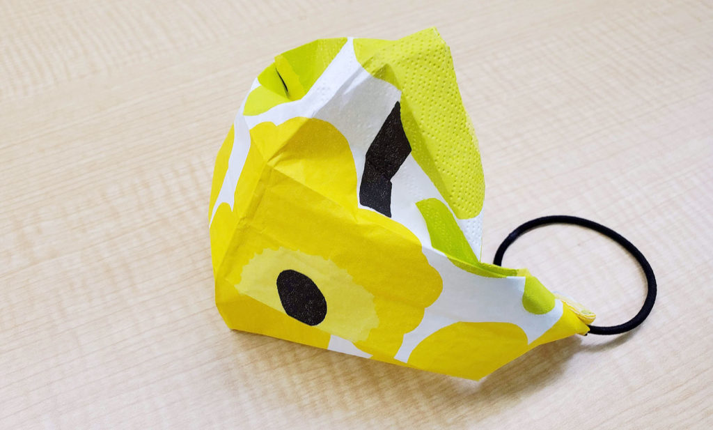 LifTe 北欧の暮らし マリメッコ ペーパーナプキン 簡易マスク 作ってみた