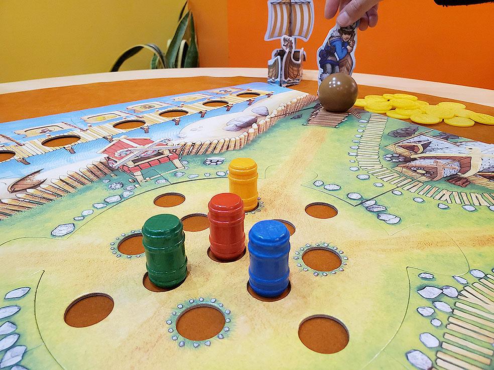 LifTe 北欧の暮らし北欧ボードゲーム すごろくや バイキングの谷 樽