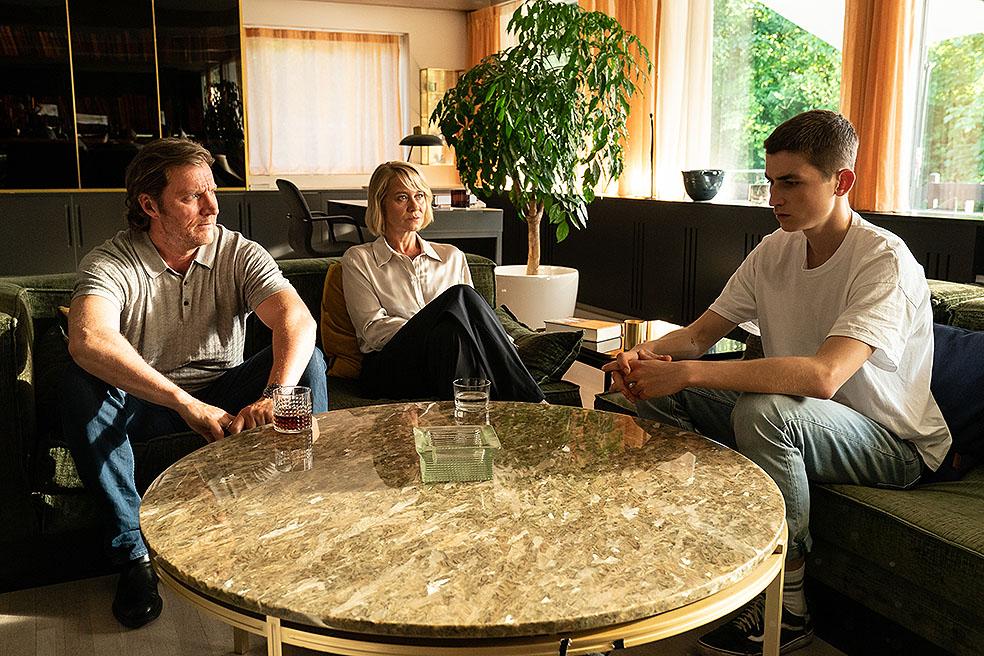 LifTe 北欧の暮らし 罪と女王 デンマーク スウェーデン アカデミー賞 トリーヌ・ディルホム グスタフ・リン マグヌス・クレッペル