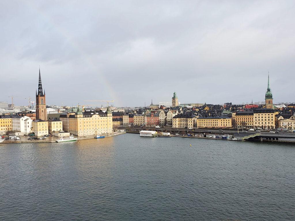 LifTe 北欧の暮らし スウェーデン ストックホルム 虹 Monteliusvägen モンテリウスバーゲン