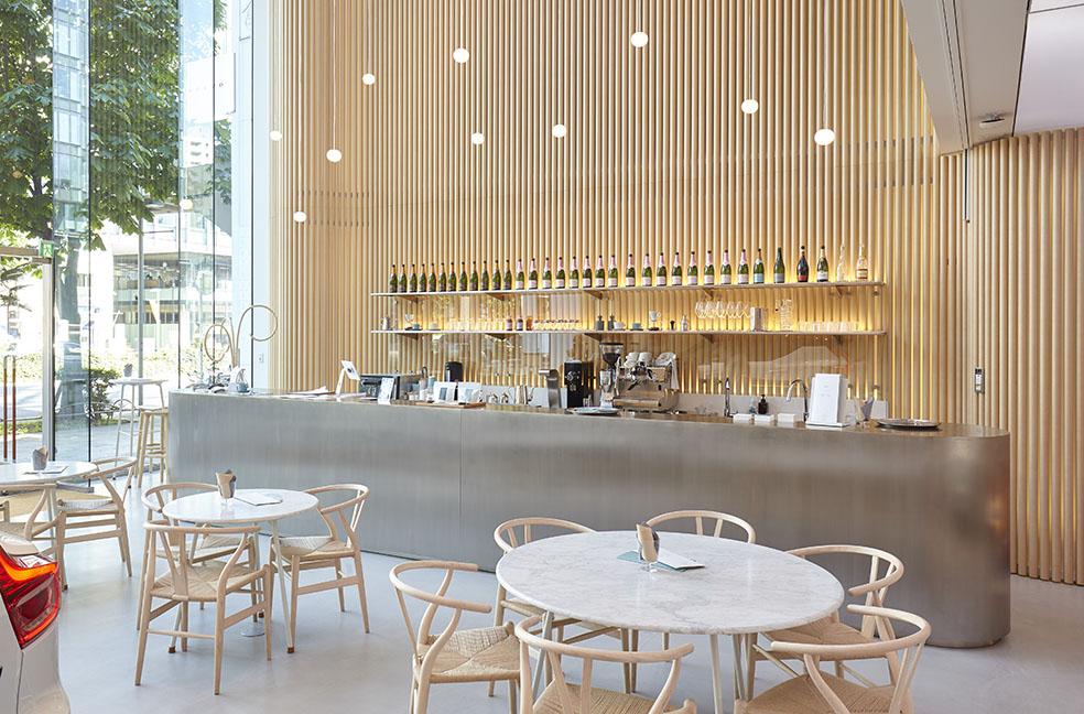 LifTe 北欧の暮らし スウェーデン ボルボ スタジオ 青山 カフェ&バー 表参道