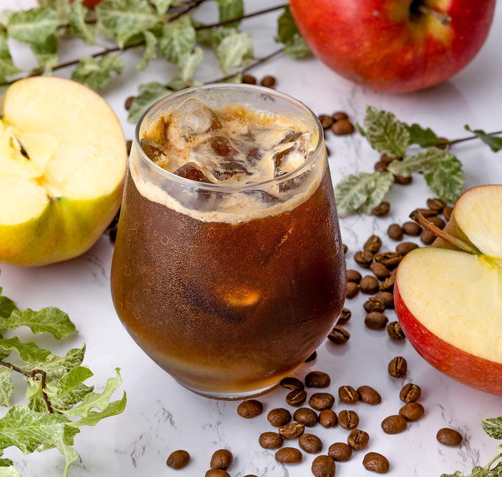 デンマーク 表参道 カフェ Nicolai Bergmann Nomu ニコライ バーグマン ノム Apple Espresso Soda